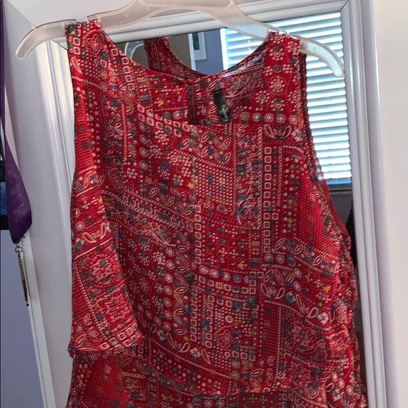 Forever 21 Tops - Red layered tank blouse